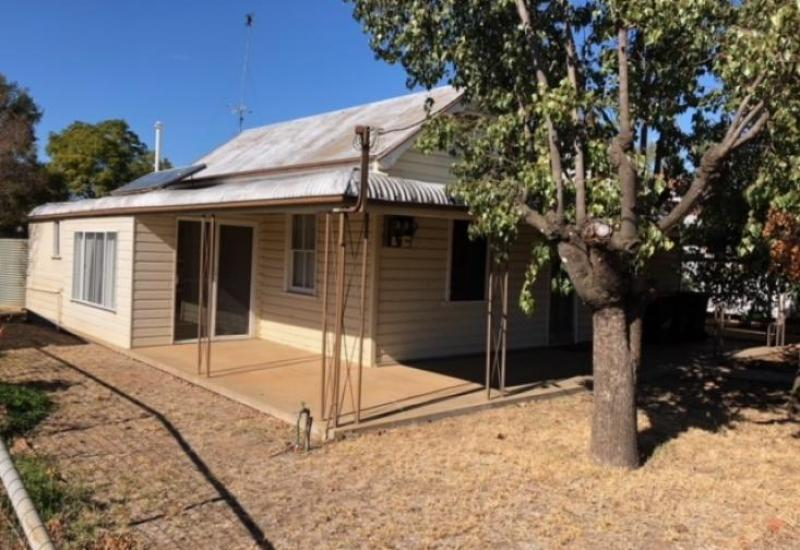 Renovators Dream - Priced to Sell!
