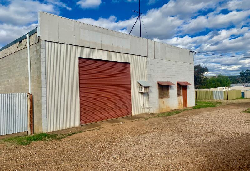 Large Shed in Industrail Area