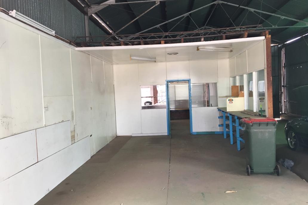 Workshop office
