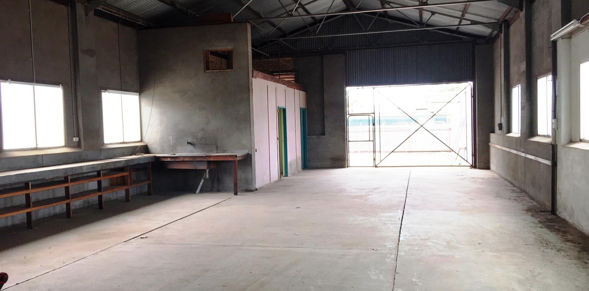 Rear workshop