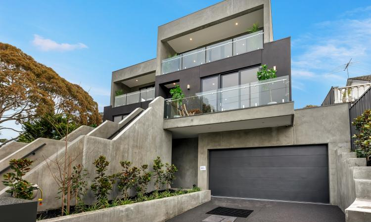 Town Homes with the lot in Burwood Own Titles and Driveways
