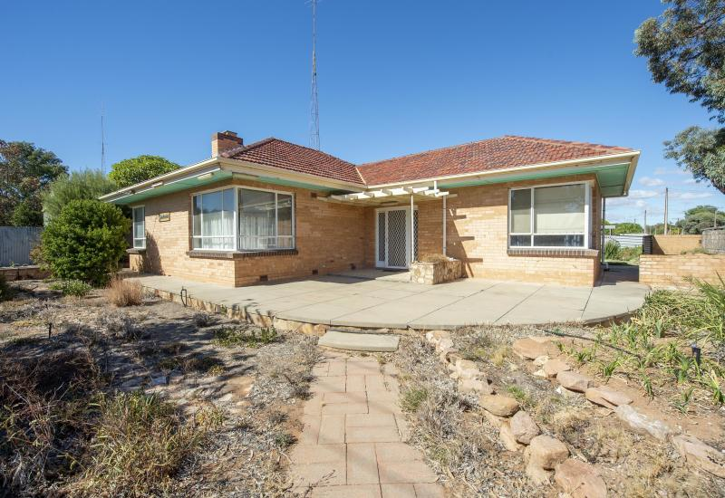 Renovate & Prosper with this Fantastic Buy