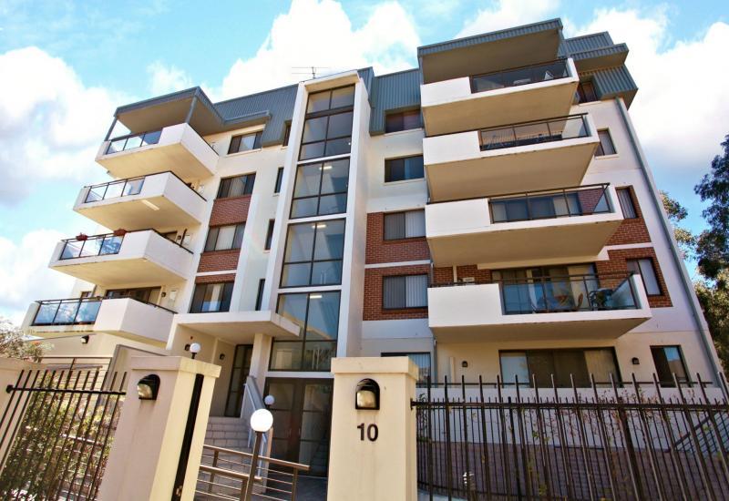 Enjoy the Lifestyle! 3 Bedrooms Plus 2 Car Spaces. Open Sat. 11:00am