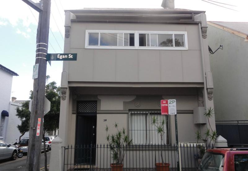 DEPOSIT TAKEN - 2 Rooms, FRESHLY PAINTED, NEW CARPET plus shared courtyard!