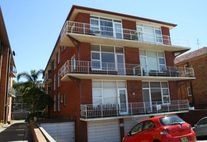 """DEPOSIT TAKEN """"LIFESTYLE LIVING 2 Bedrooms 2 Car Spaces- INSPECT BY APPOINTMENT """""""