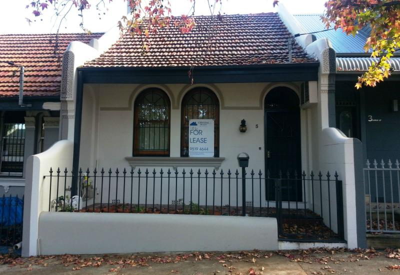Convenient Location - 3 Bedroom Terrace & freshly painted .