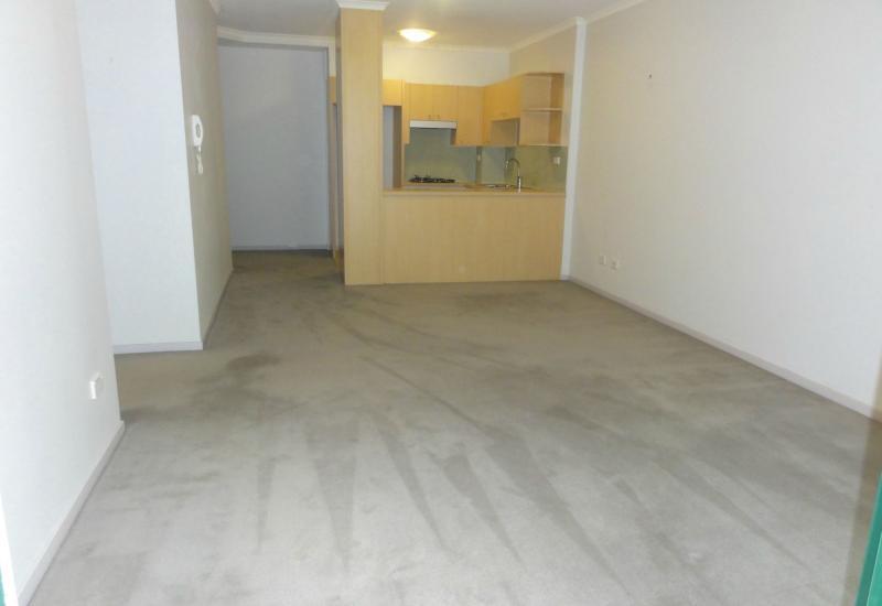 DEPOSIT TAKEN - LARGE 1 Bedroom plus study plus car space