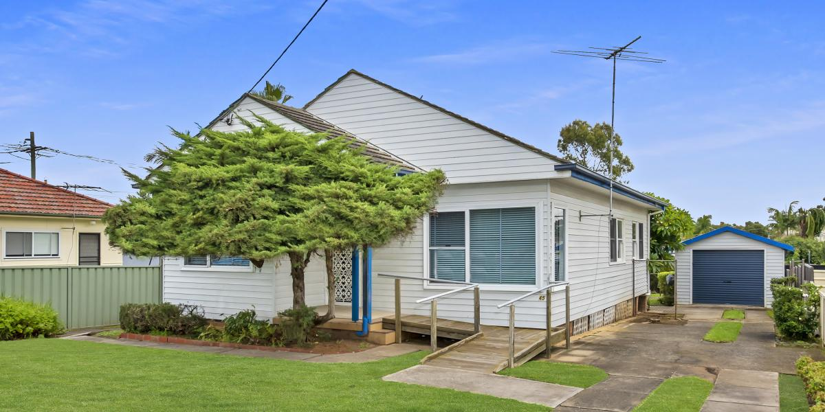 4 bedroom home with potential !