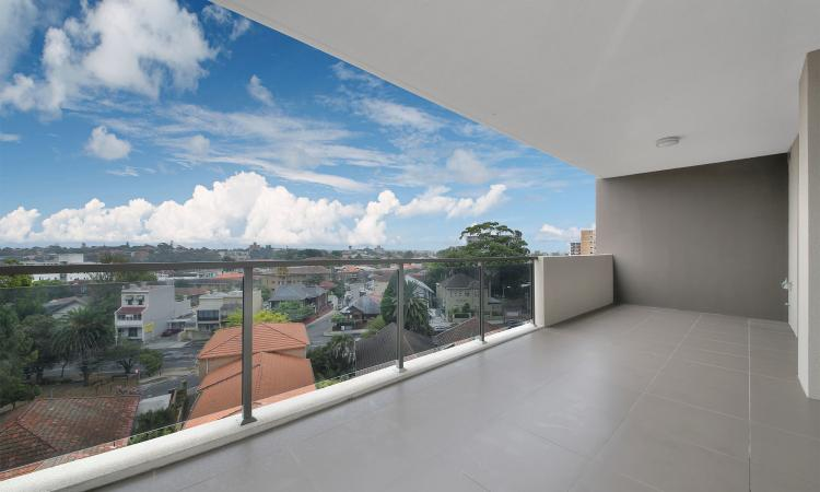 Executive Apartment in the Heart of Bondi Junction!