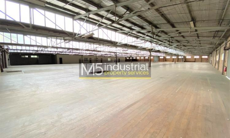 4,401sqm - Best Value Warehouseing in the South West !!