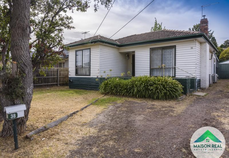Well Positioned Family Home