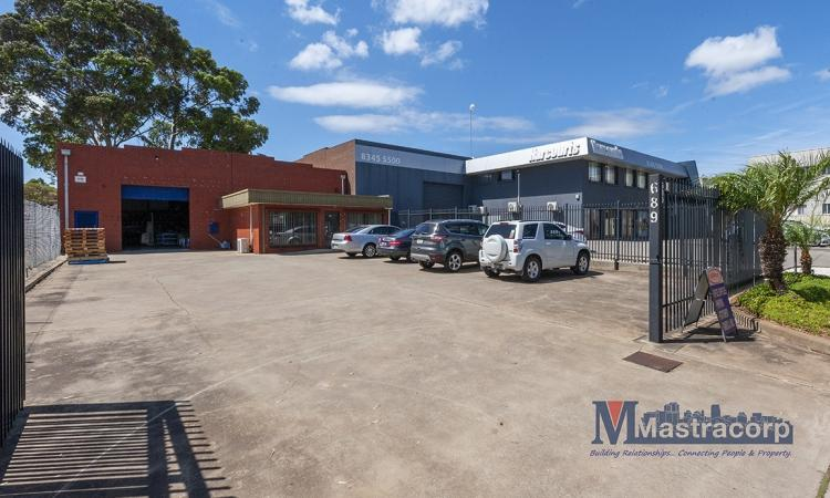 WAREHOUSE + OFFICE OPPORTUNITY