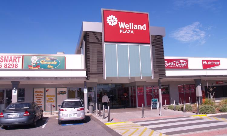 INTERNAL RETAIL SPACE IN DOMINANT SHOPPING CENTRE - $66,800p.a. + Outgoings + GST 167 SQM APPROX.