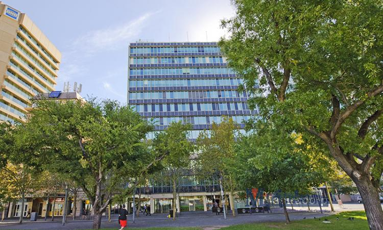 CBD OFFICE WITH VIEWS! - 345 sqm (approx.) (L)