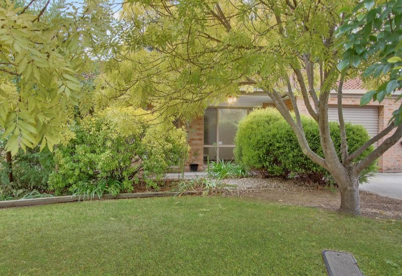 Spacious Townhouse with Great Yard