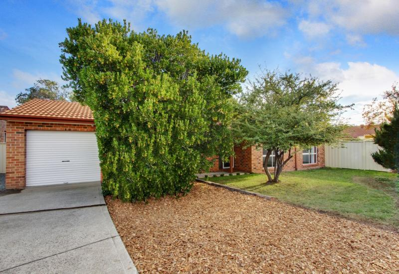 Affordable 3-Bedroom Home with Big Backyard and Garage!
