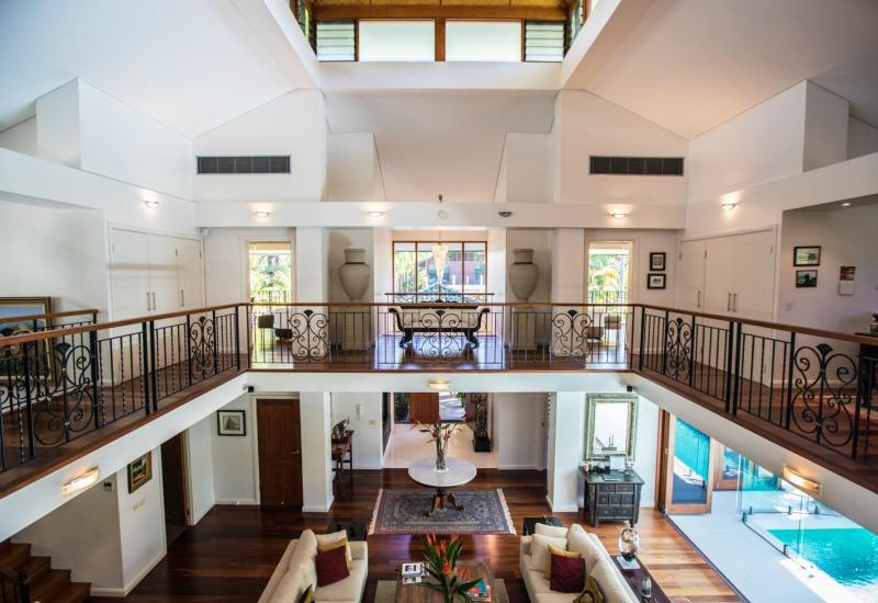 WANT TO BUY A BEACHFRONT HOME IN PORT DOUGLAS AUSTRALIA?
