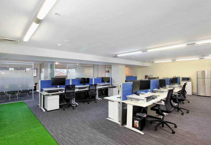 STUNNING 138sqm OFFICE + CARSPACE