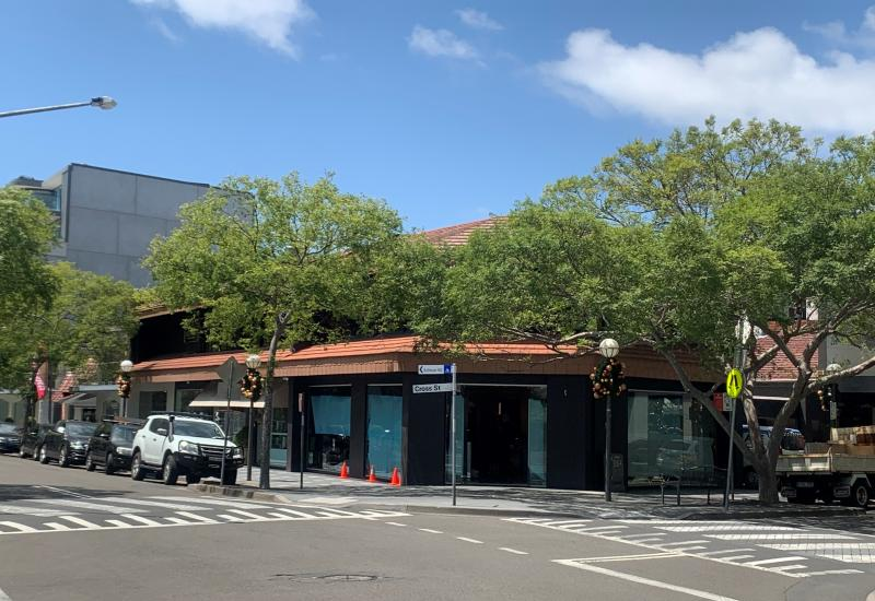DOUBLE BAY CORNER FREEHOLD BUILDING