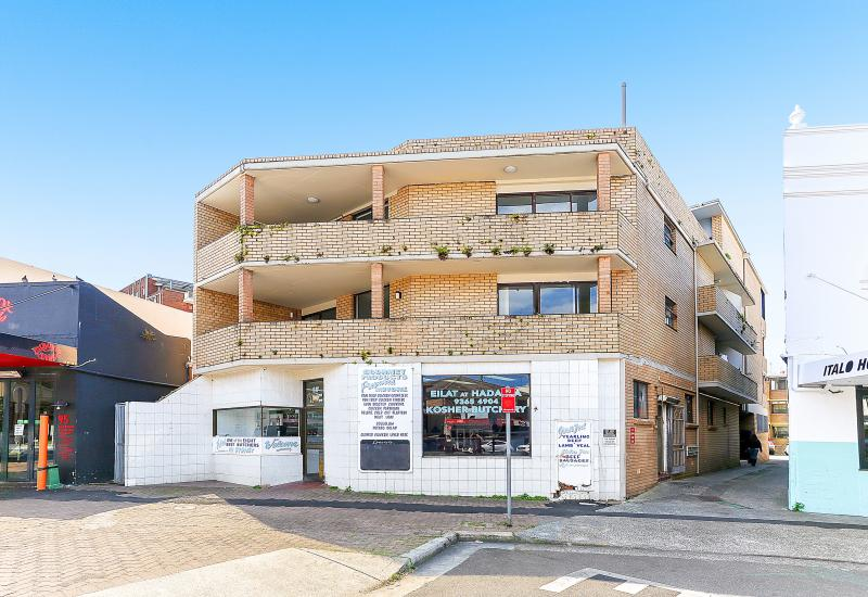 ICONIC BONDI BEACH CORNER - BLOCK OF 7 UNITS + RETAIL & PARKING