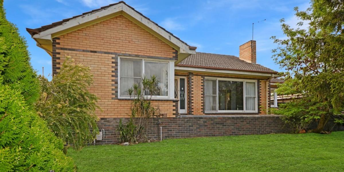 Large 3 Bedroom Brick Home