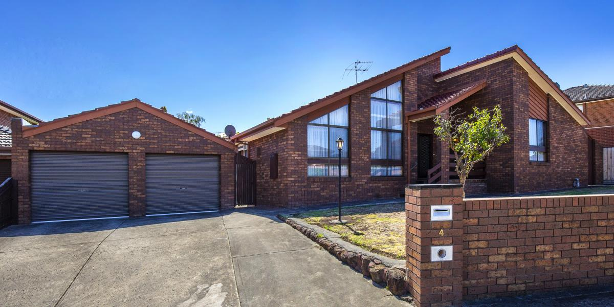 Family Appeal In A Premium Court Location!