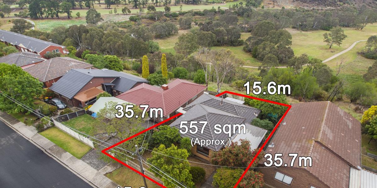 SPECTACULAR VIEWS, APPROVED DOCS FOR TWO HUGE HOMES!