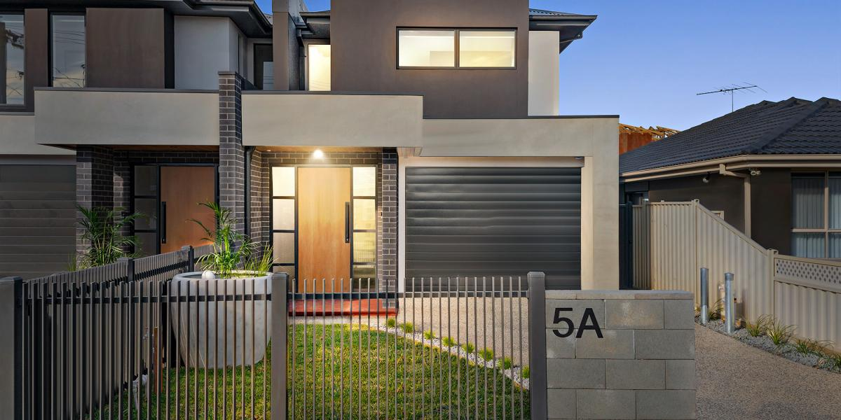 One Of The Area's Finest – 38sq of Exquisite Family Luxury