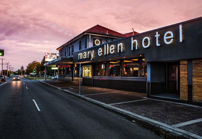 Mary Ellen Hotel, Merewether NSW