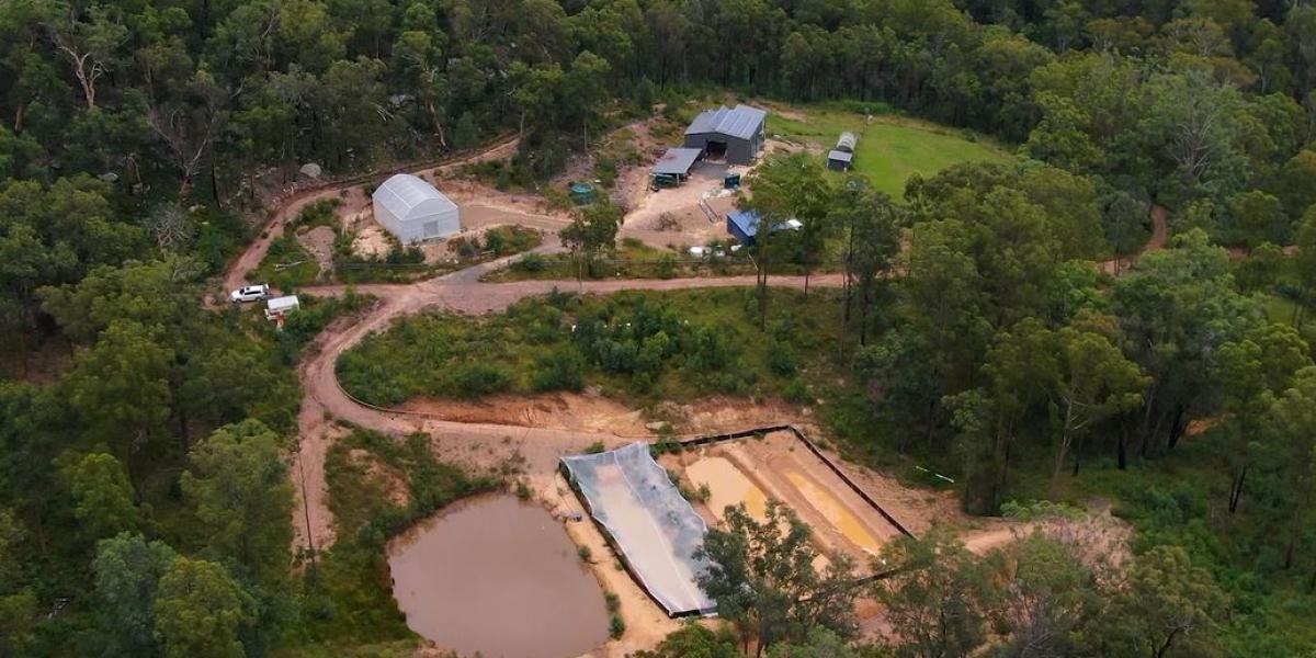 'Hidden Valley Farm' - An Off-Grid Oasis