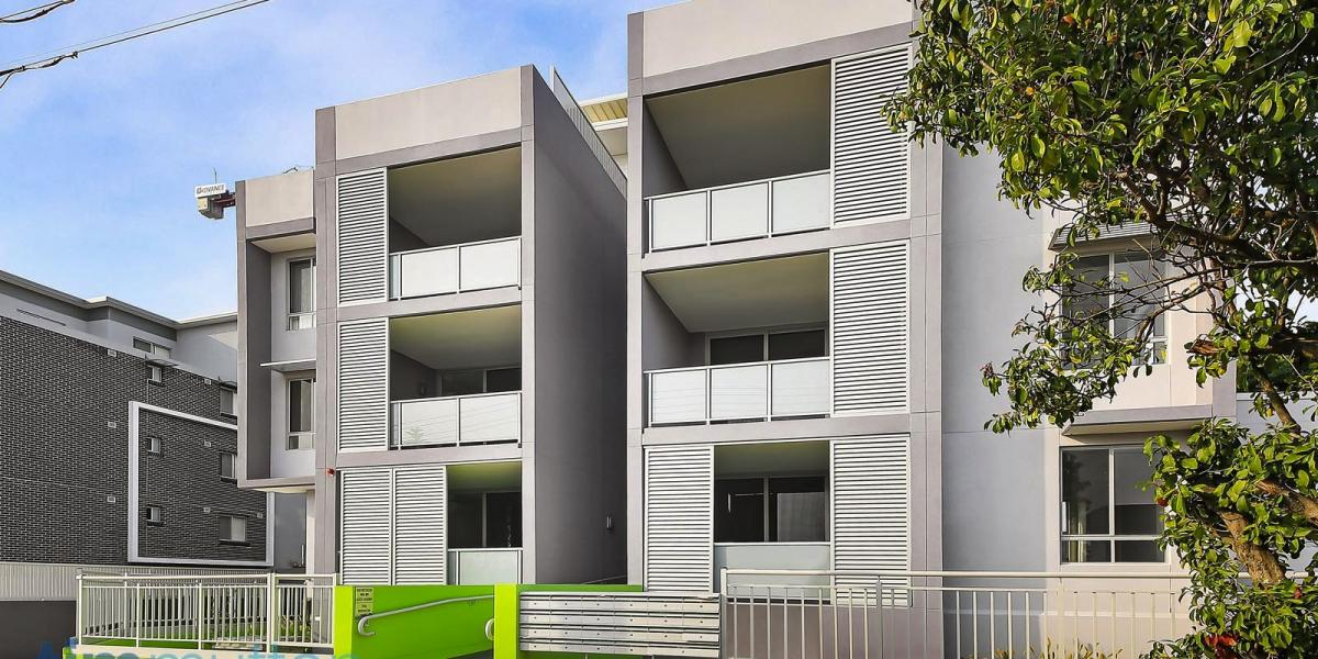 Modern Light Filled Apartment