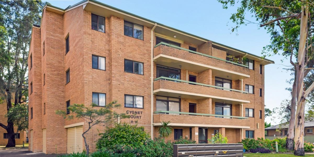 Spacious apartment located in the heart Of Revesby.