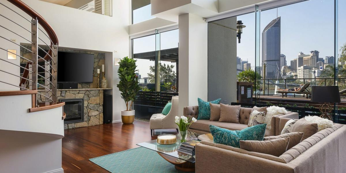 2 Level Penthouse Style Grandeur City Home with Commanding River Views