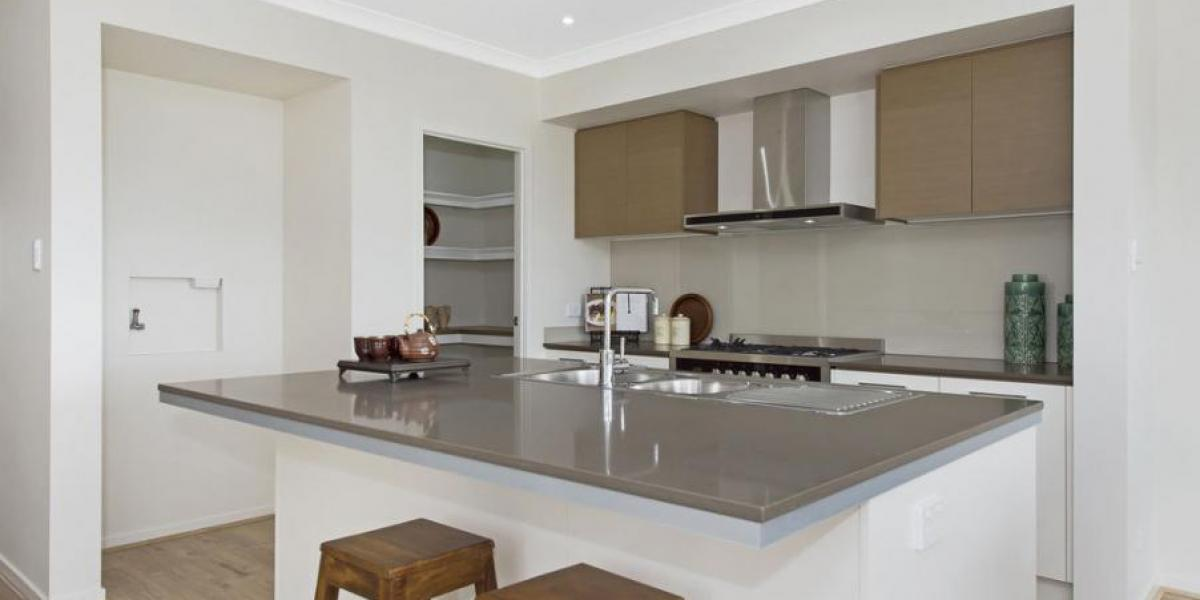 Display 15 Everglade St open Sat 11-11.45am.  Luxury freehold living