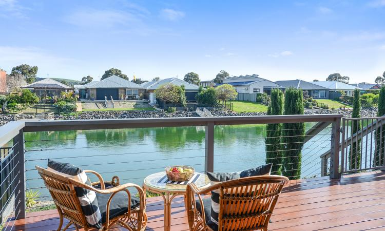 Waterside location built to perfection