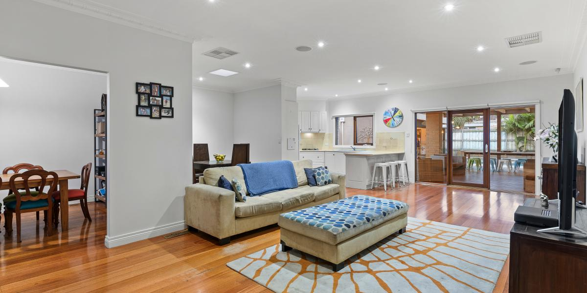 First-Rate Family Flair in Perfect Parkside Position