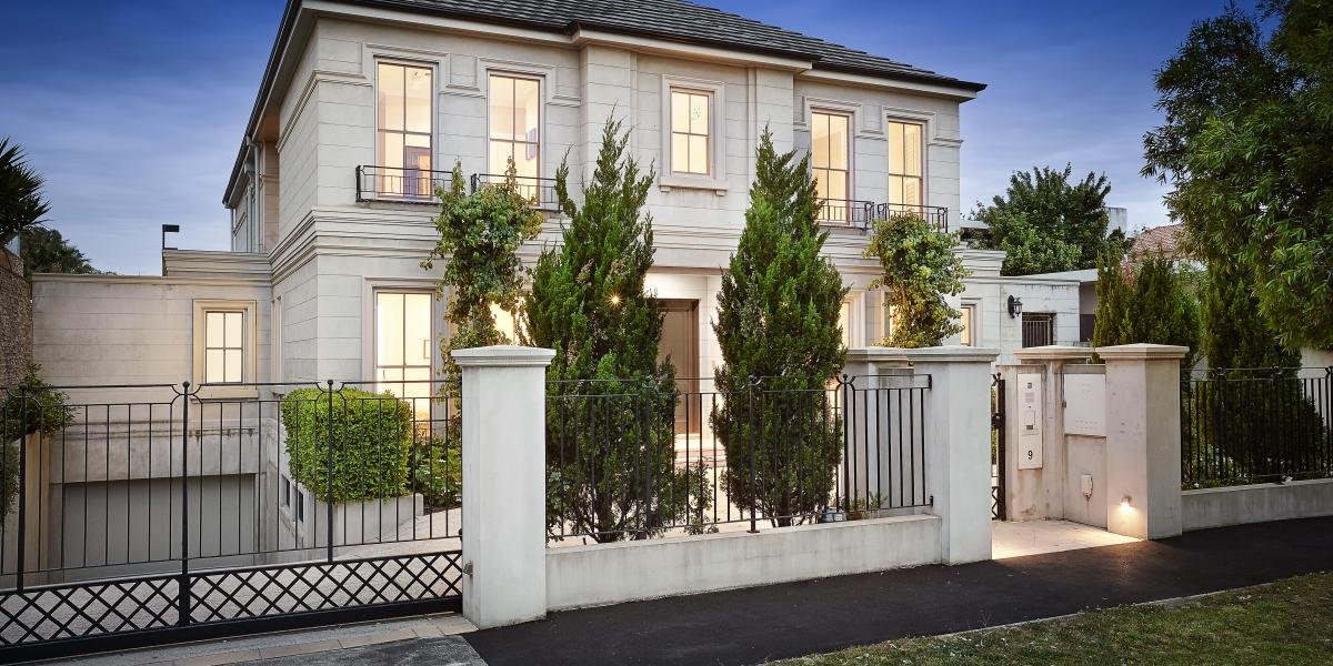 Unrivalled executive home in prized position