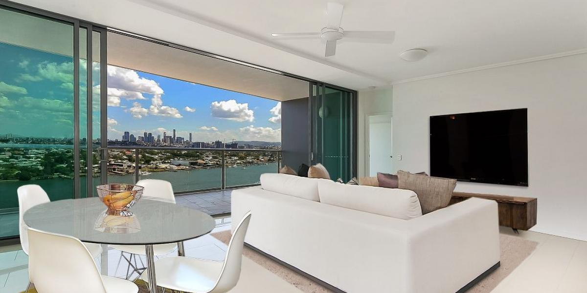 MAKE AN OFFER!! BEST VIEWS OVER BRISBANE!...