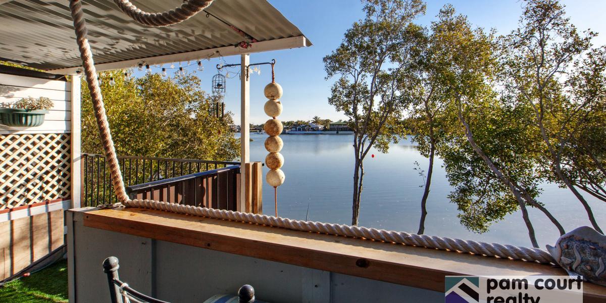 Enjoy a peaceful waterfront lifestyle!