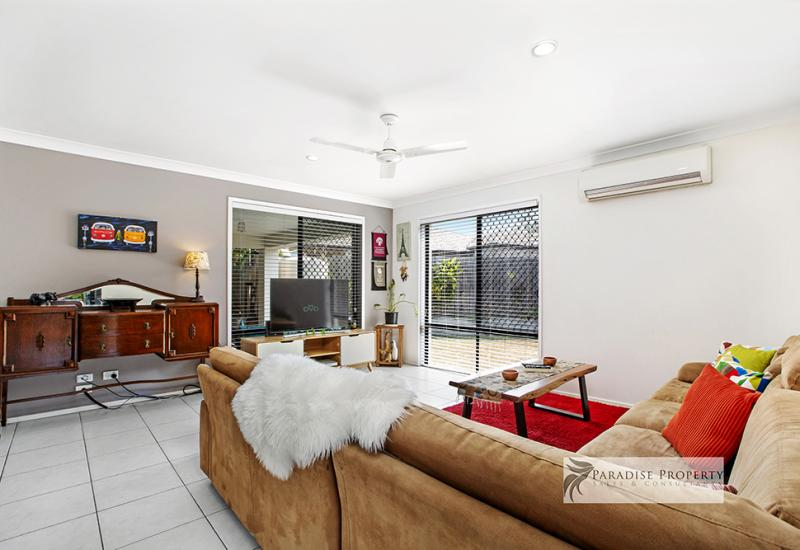 STYLISH ENTERTAINER IN STRETTON CATCHMENT ON 703sqm