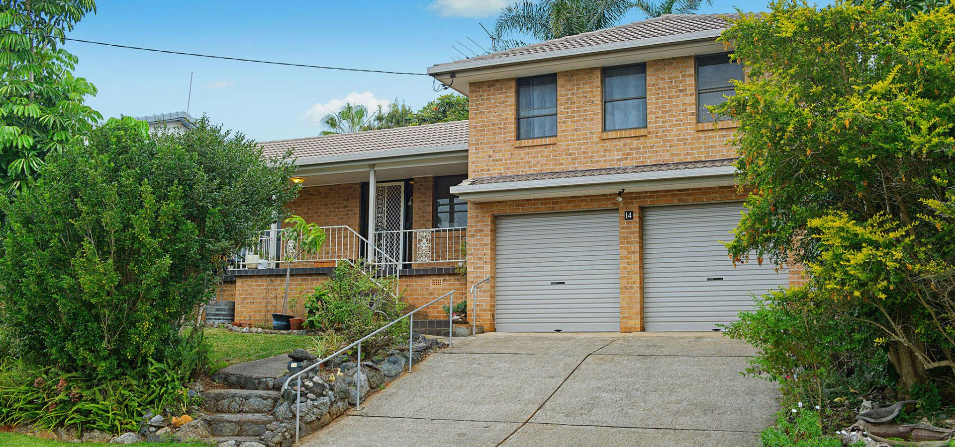 Large family home in sought-after Shelly Beach