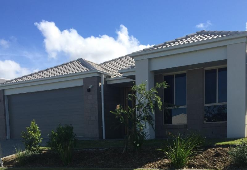 4 BEDROOM FAMILY HOME!