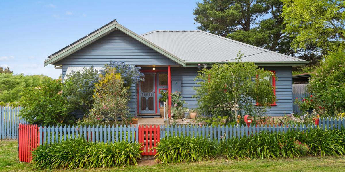 Character, charm and position in a leafy Lancefield street