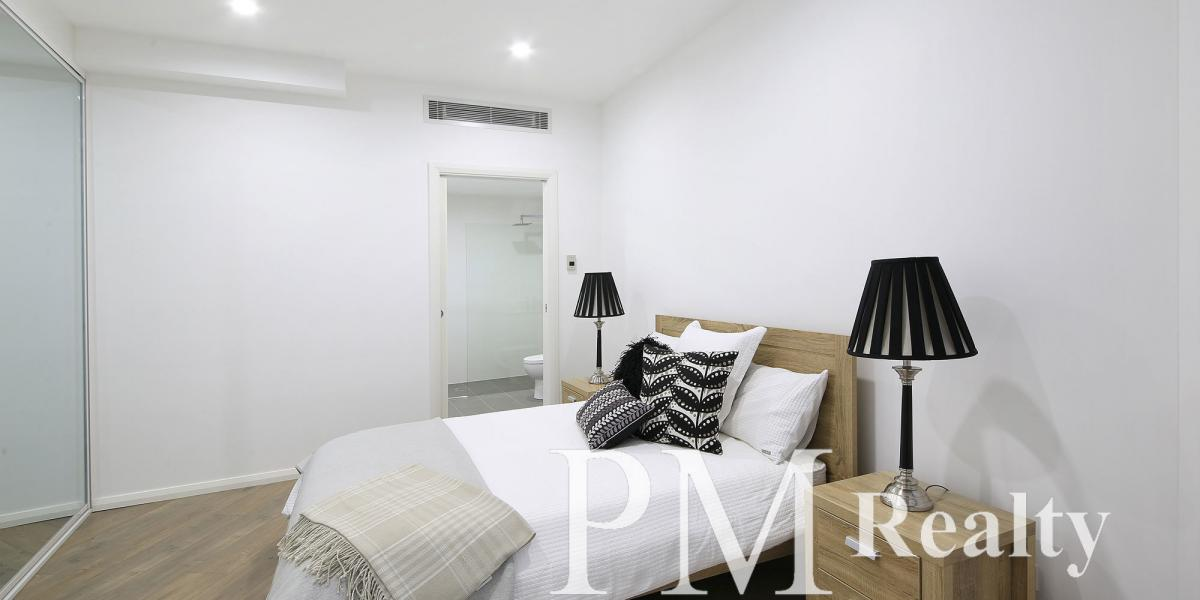 Brand New, Fully Furnished Apartment in the Heart of Petersham