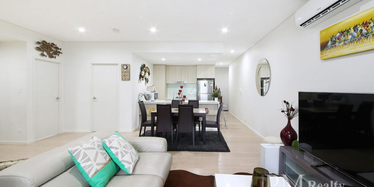 Stylish and Contemporary Living in the Heart of Botany