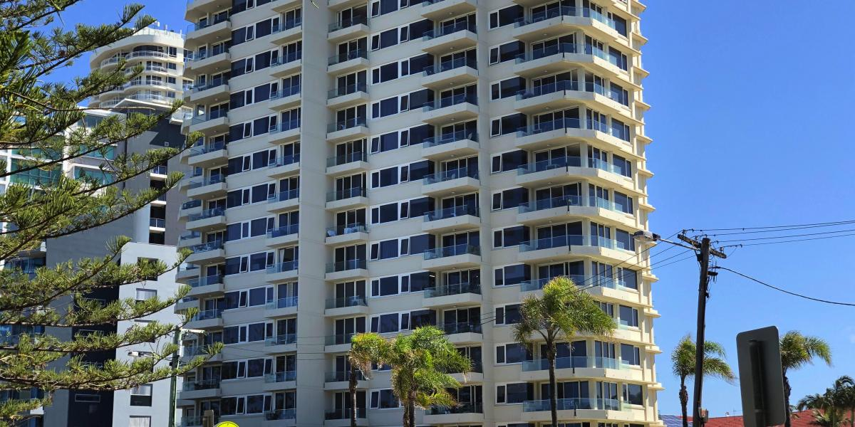 HOLIDAY COMPLEX IN SORT AFTER BEACH SIDE SUBURB - MAJOR BUILDING RENOVATIONS JUST COMPLETED.