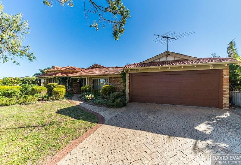 Quality Family Home with Side Access & Pool