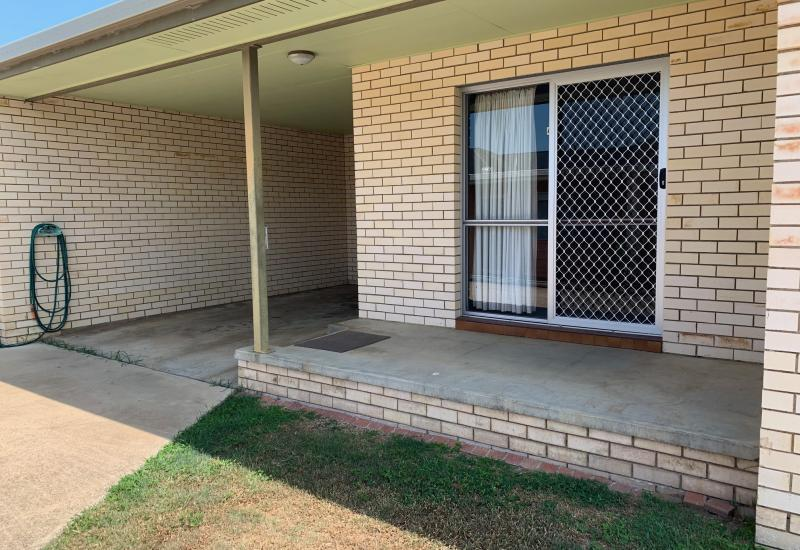 READY NOW !! CENTRALLY LOCATED UNIT