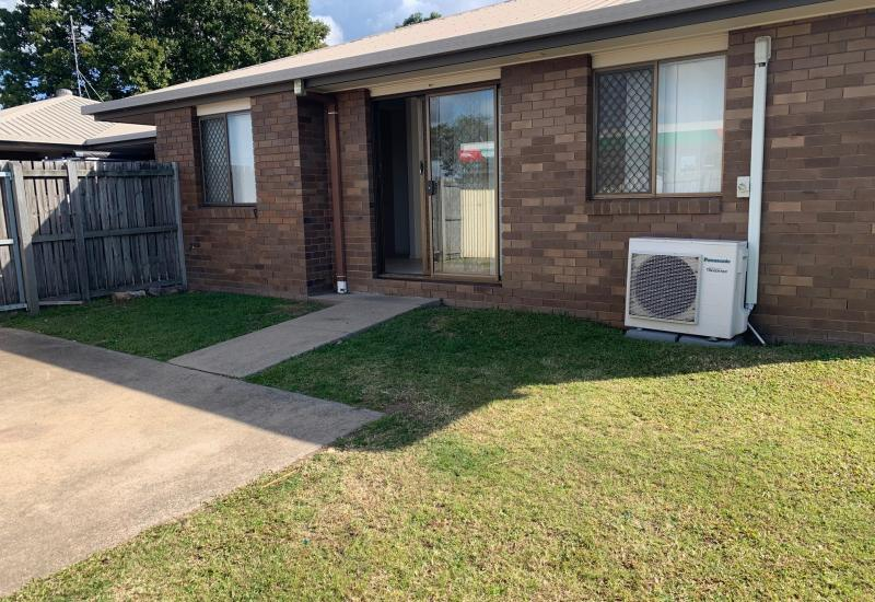 Fully Air Conditioned / Very Large Yard