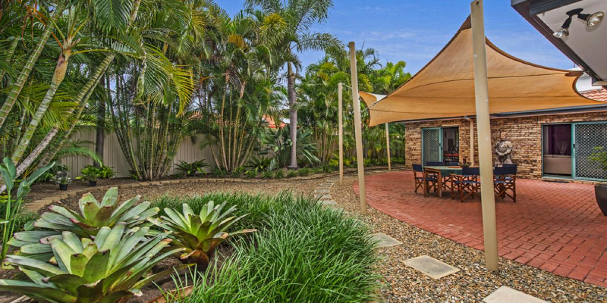 Priced to Sell - Immaculate Family Home in Tropical Oasis